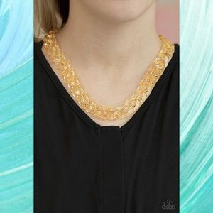 Put It On Ice Gold Acrylic Link Necklace Set